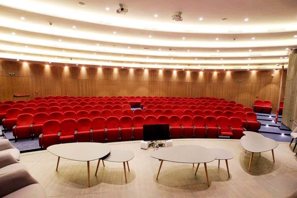 amphi Faculté Des Sciences De Gabès 2012 - City Desk